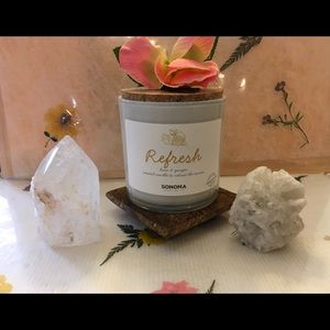 REFRESH. Scented candle to reboot the senses